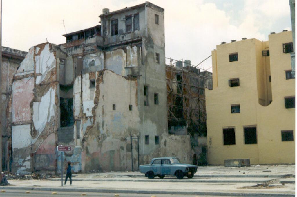 Cold War Havana: Urban Slum Areas